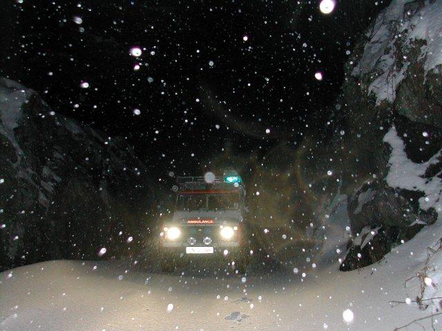 landrover_snow