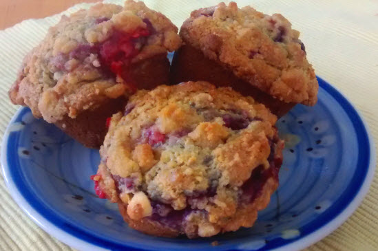 Raspberry Sour Cream Streusel Muffins