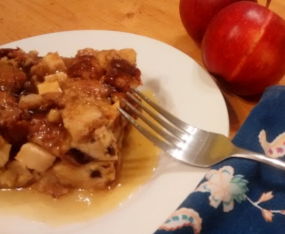 Meatless Monday: Apple Cheddar Breakfast Bake