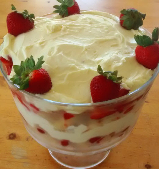 Strawberry White Chocolate Cheesecake Trifle