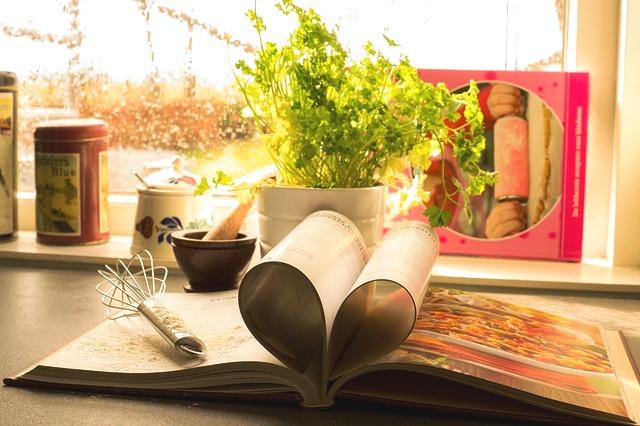 Meatless Monday: 8 Free Vegetarian and Vegan PDF Cookbooks