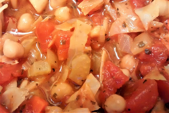 Cabbage Soup with Chickpeas and Pasta