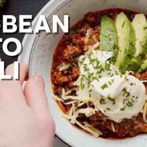 The best no-bean keto chili • 8 g carbs