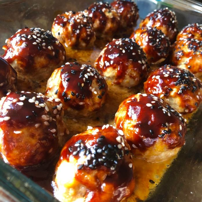 Soy & Sesame Baked Turkey Meatballs