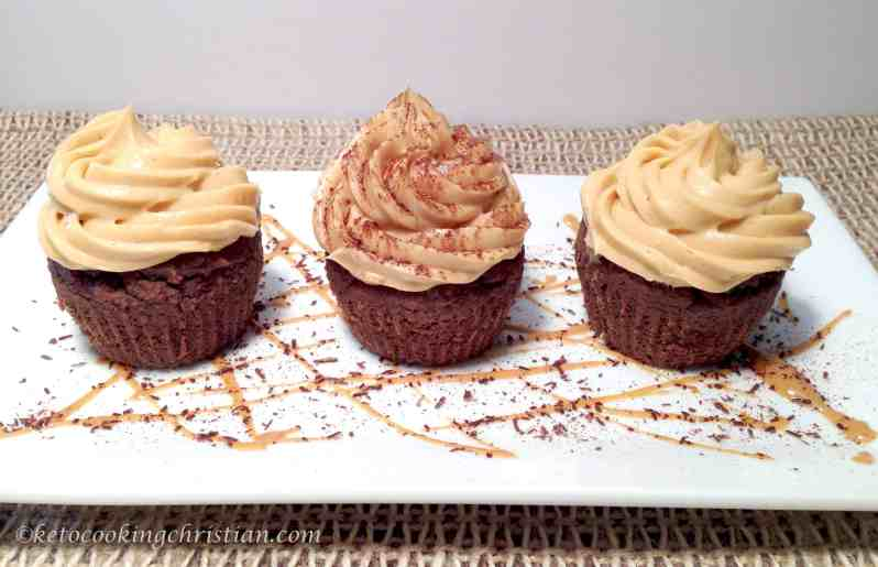 chocolate peanut butter cupcakes keto and low carb