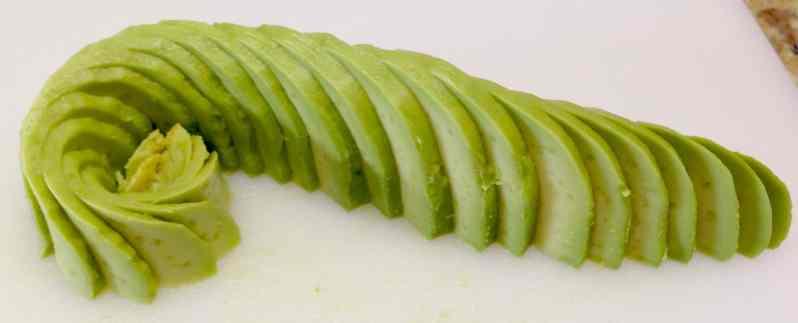 How to Make an Avocado Flower