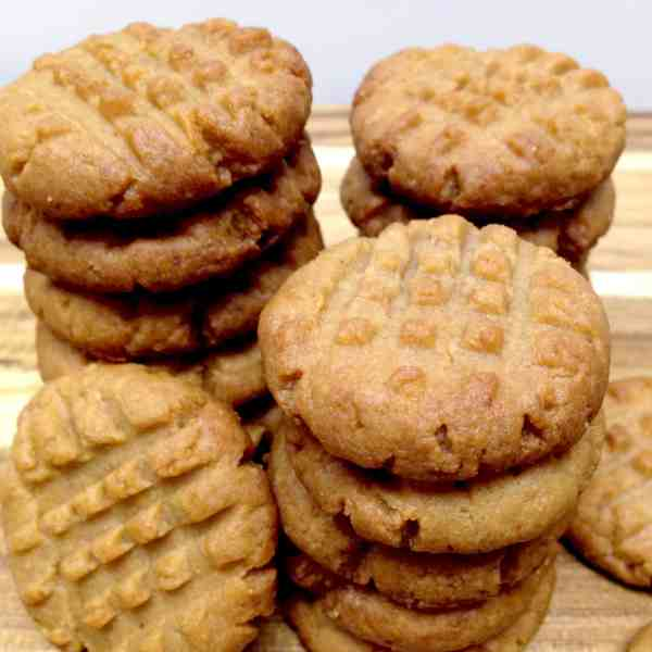 Easy Peanut Butter Cookies - Keto, Low Carb & Gluten Free