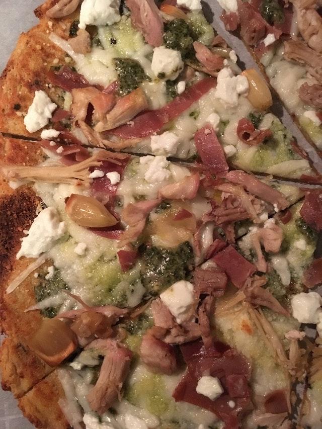 Keto Chicken Pizza