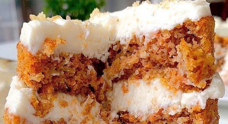 KETO MINI CARROT CAKE