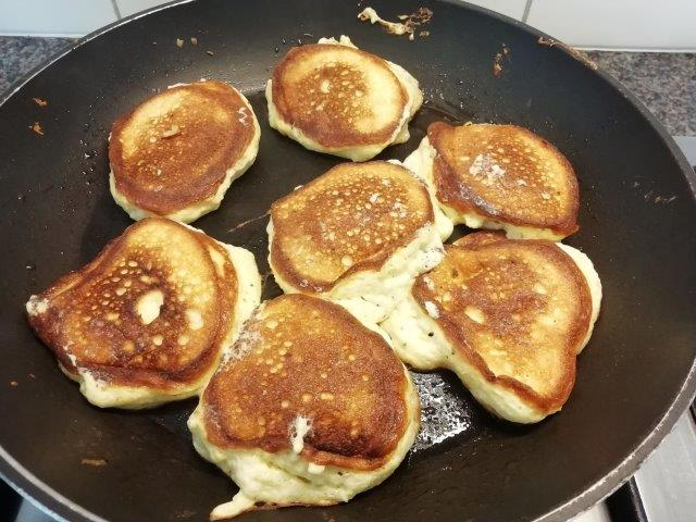 Mascarpone-schuim-pannenkoekjes met kaas