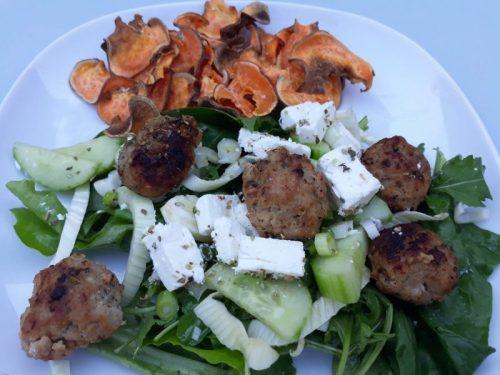 salade van gehaktballetjes en venkel
