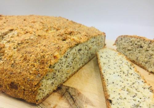 brood met maanzaad