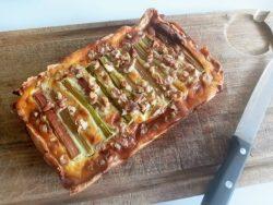 keto rabarber mascarpone taart uit de oven