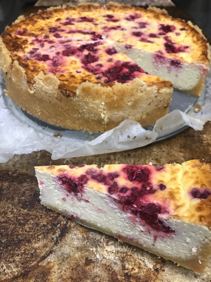 Vadelmainen New York Cheesecake, keto