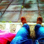 Lógatjuk a lábunkat…