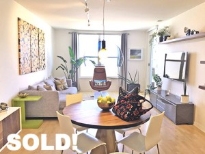 Sold! Buyer Represented. 3 Bed/3 Bath/Parking. $902,000.