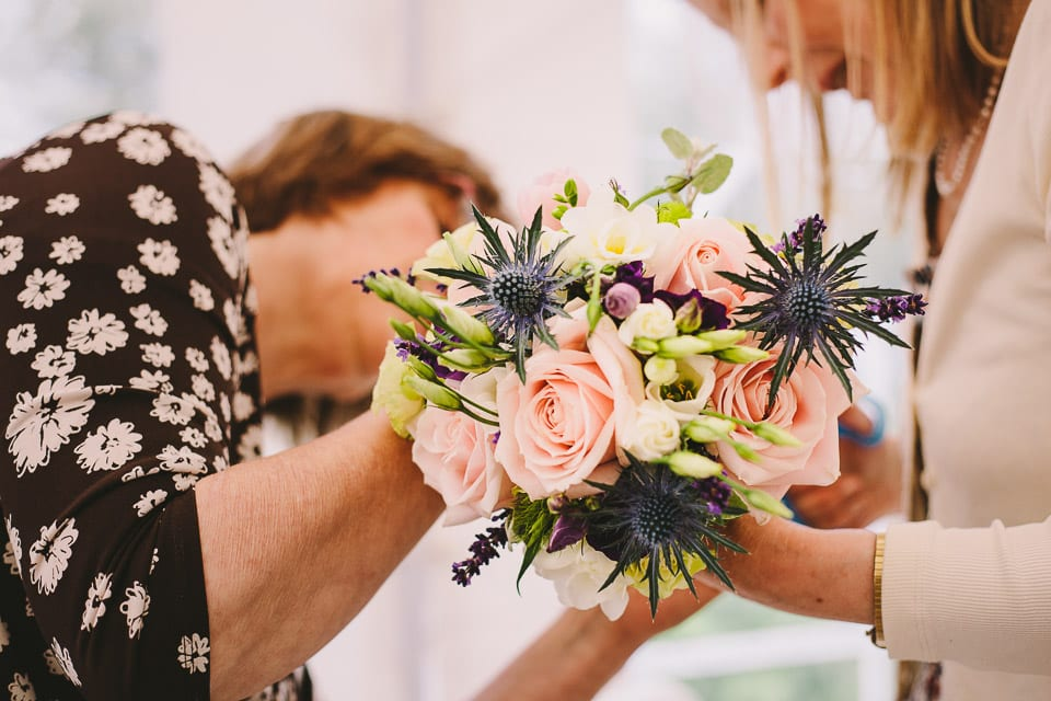 Finishing touches to the bridal bouquet