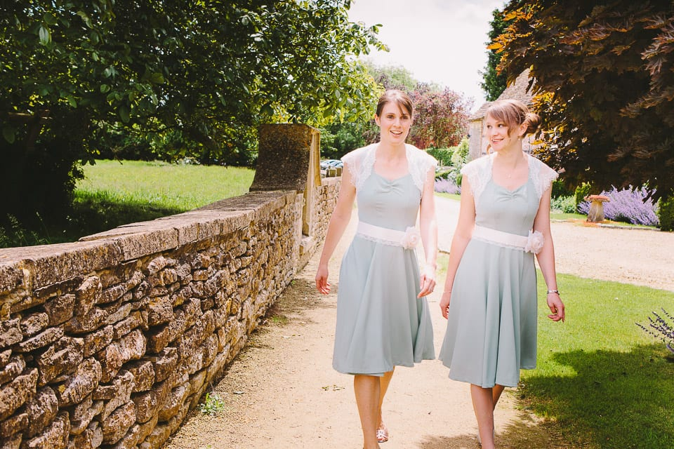 Bridesmaids arrive at Great Somerford Church