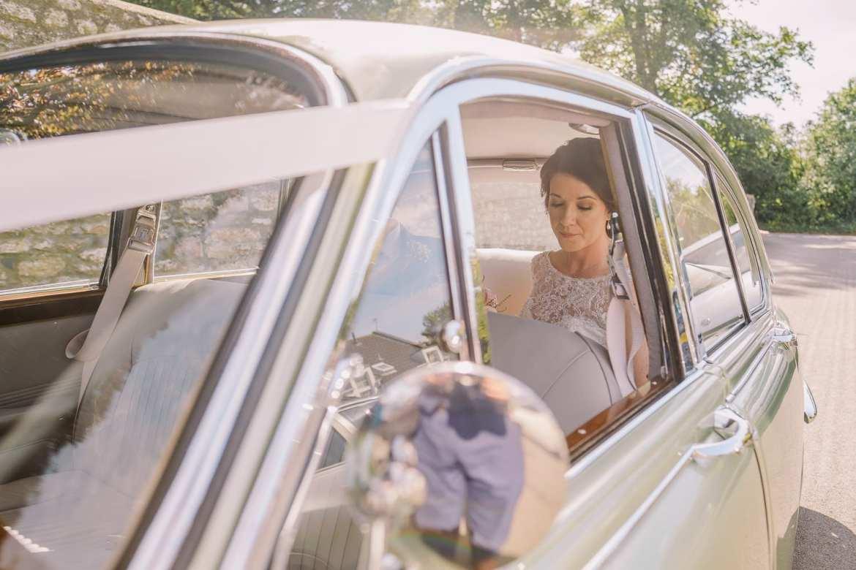 The bride arrives in a Jaguar