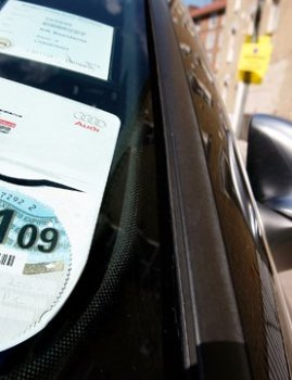 Car tax disc to be axed after 93 years
