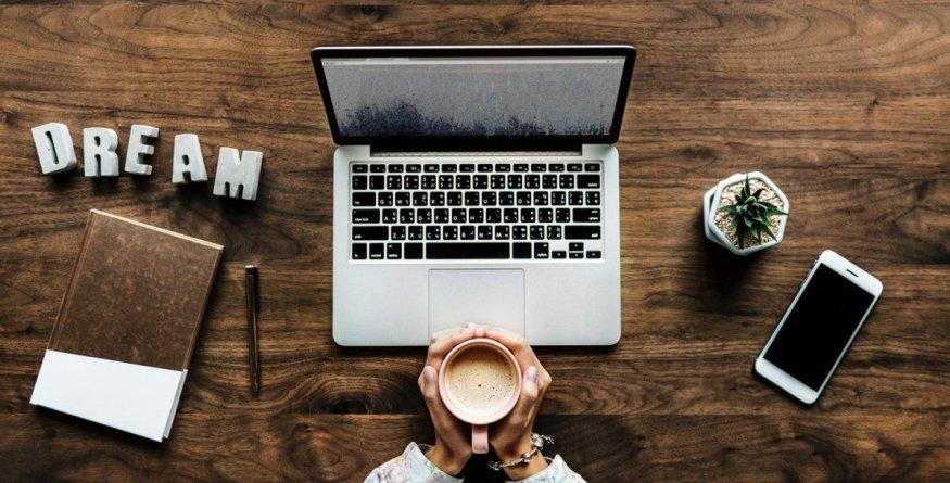 Comment je travaille et je gagne de l'argent en ligne