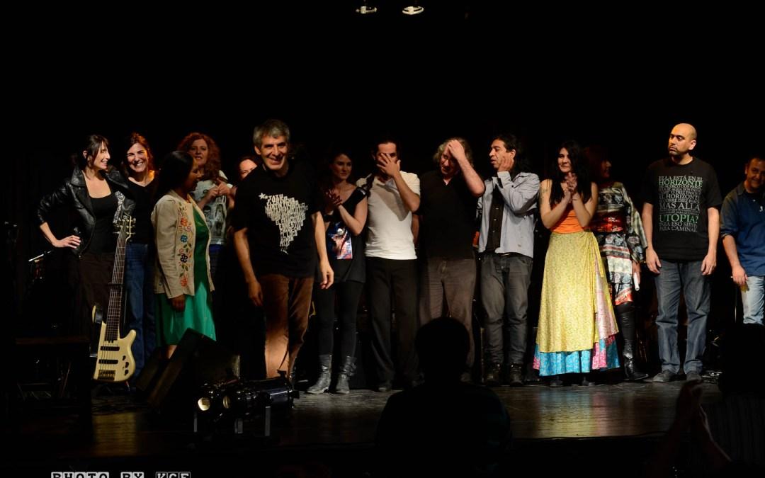 Peteco Carabajal: Concert en el Teatro del Viejo Mercado