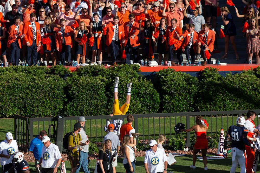 LSU quarterback Joe Burrow upside down