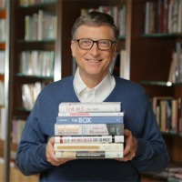 Pic of Bill Gates and books