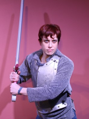 small-Melissa-Heeres-playing-brienne-of-tarth-(photo-by-Kevin-Mullaney)3