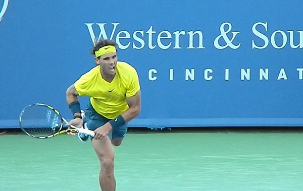 Rafa Nadal serves to Tomas Berdych