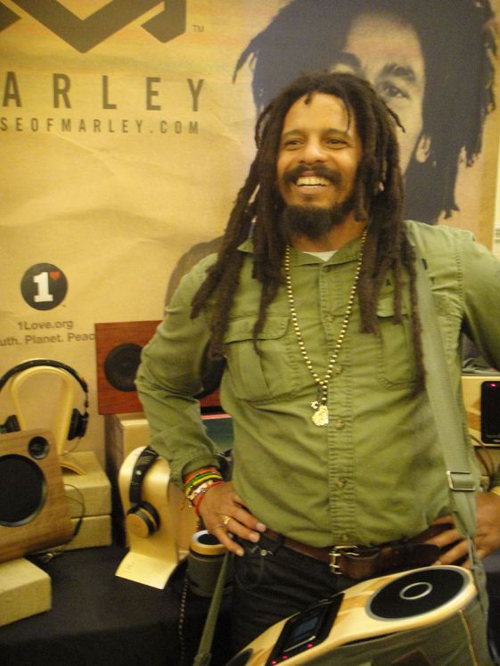 Wikipedia - Rohan 800px-CES_2012_-_House_of_Marley_(Rohan_Marley)