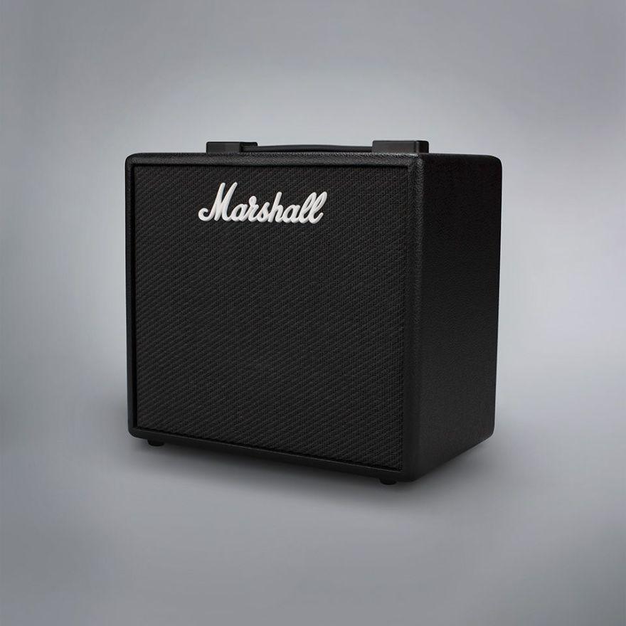 ■ギターアンプ ■コンボタイプ プリセット数: 100 出力: 25W プリアンプモデル数: 14 パワーアンプモデル数: 4 スピーカーキャビネットモデル数: 8 エフェクター: 24種(内同時使用可能数: 5) スピーカーサイズ: 10インチ フットスイッチ: PEDL-91009(別売) 重量: 6.1kg サイズ(WxHxD): 350 x 340 x 215(mm)