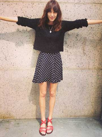 OMG Alexa Chung Reveals Super Skinny Legs And Bony Knees