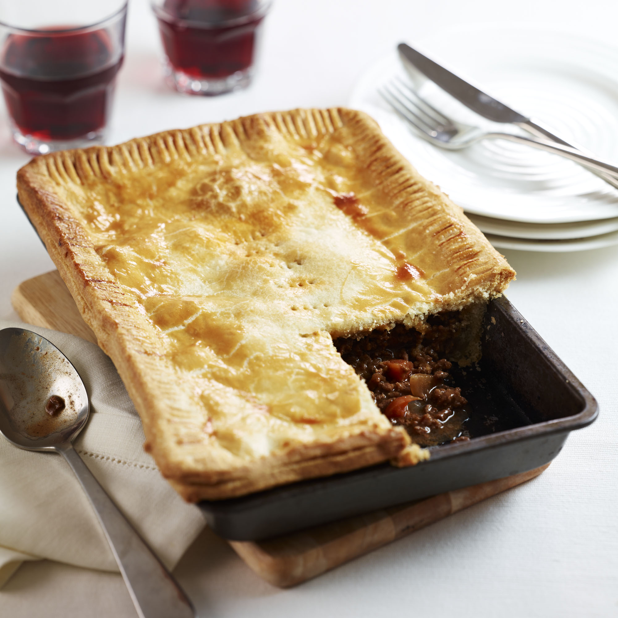 Traditional Meat And Onion Pie Dinner Recipes Woman Amp Home