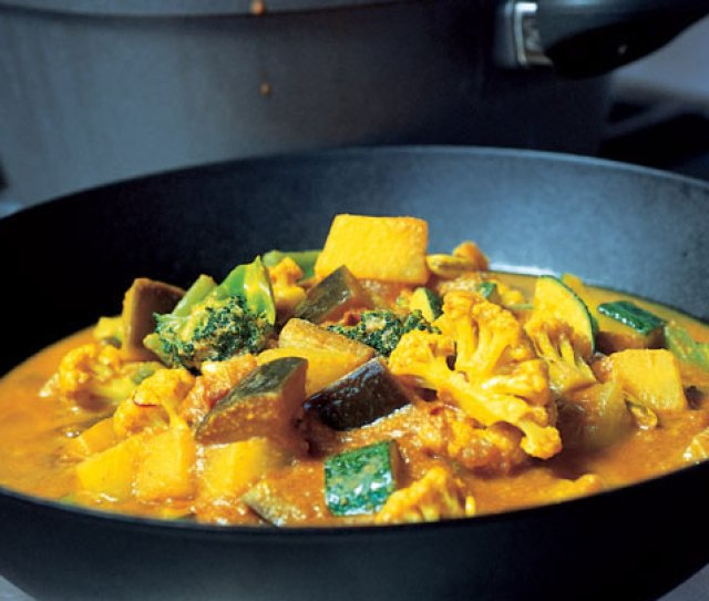 Gordon Ramsays Easy Vegetable Curry