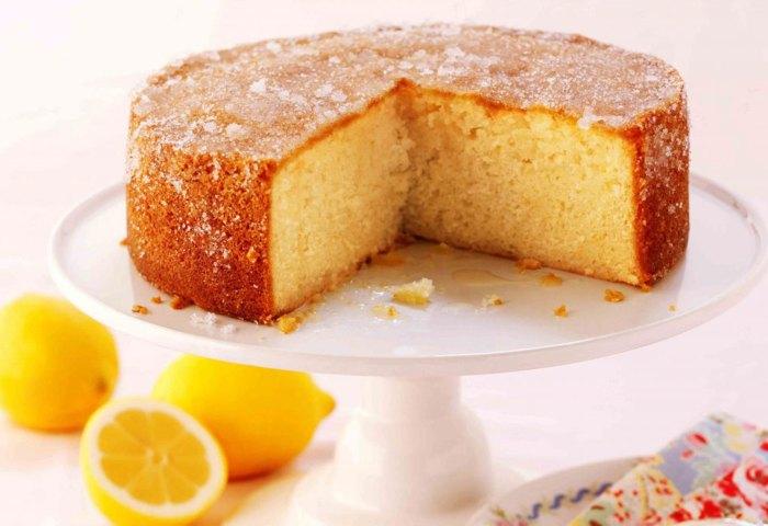 Mary Berrys Lemon Drizzle Cake Baking Recipes Goodtoknow