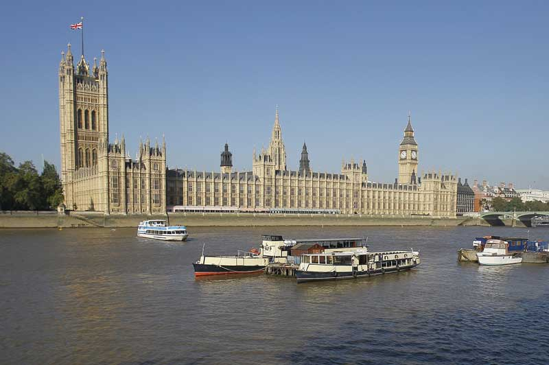 River Thames Crowned Global Beauty Motor Boat Amp Yachting