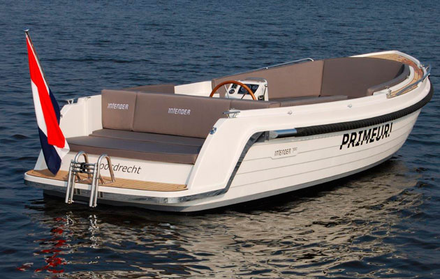 Interboat Intender 700 To Get UK Debut At Southampton