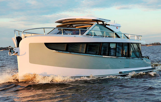 Steeler Yachts Returns To The UK With Imperial Motor