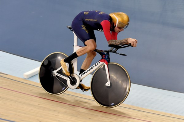 hour record keep up to date with the most prestigious - 1000×667