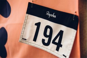<div>Best Rapha deals on men's and women's cycling clothing</div>