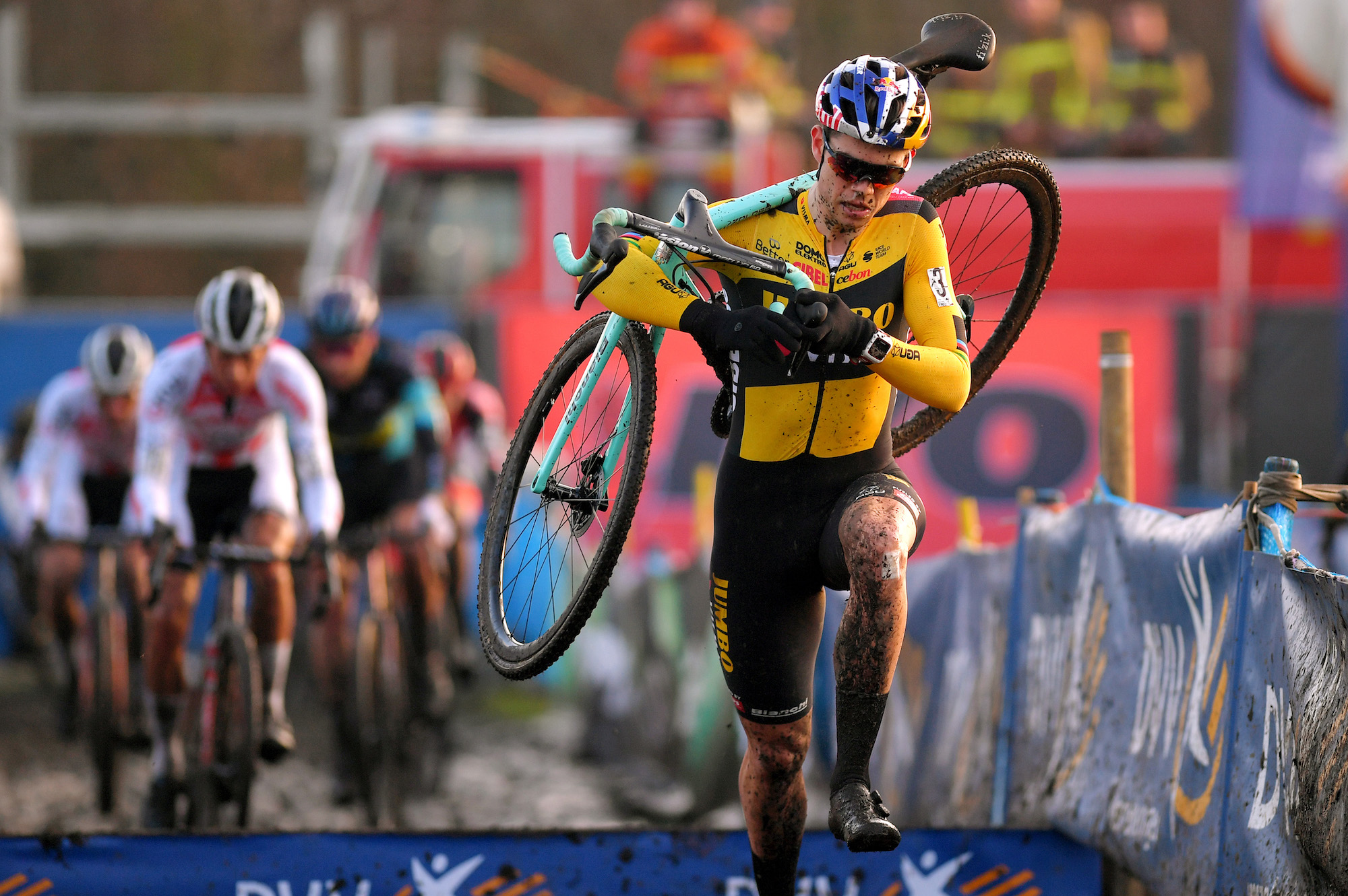 https www cyclingweekly com news racing wout van aert expected to return to cyclocross next month 473332