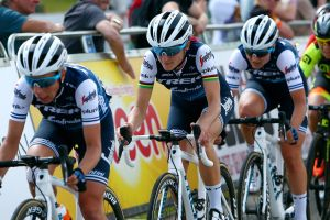 <div>Deignan leads a British one two at GP Plouay women's race</div>