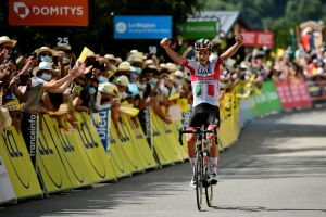 Davide Formolo takes stunning solo win from the break on stage three of the Critérium du Dauphiné 2020