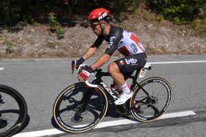 <div>Why isn't Caleb Ewan riding Campagnolo's newest, fastest wheels?</div>