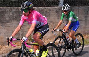 Annemiek van Vleuten taken to hospital following crash at Giro Rosa