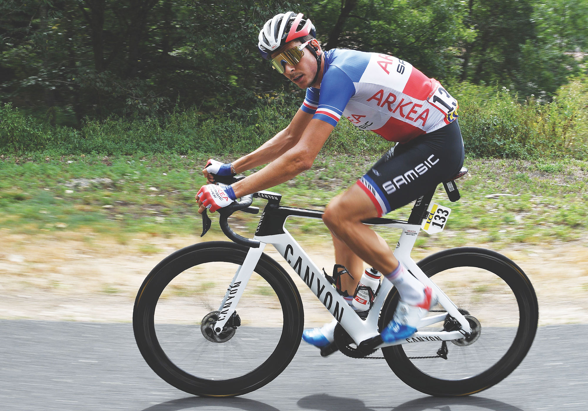 new canyon aeroad warren barguil and alejandro valverde riding latest aero bike at tour de france cycling weekly