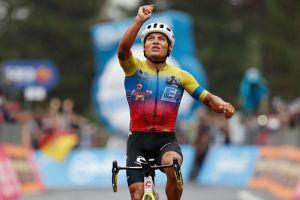<div>Jonathan Caicedo takes Etna stage three win as Thomas and Yates lose time at Giro d'Italia</div>