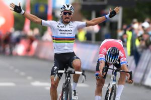 Julian Alaphilippe takes his first win as world champion at Brabantse Pijl 2020