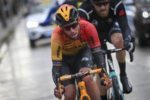 <div>'Mark Cavendish deserves a far better send off than crying at the end of Gent-Wevelgem,' says Bradley Wiggins</div>